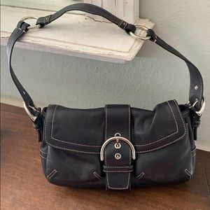 Coach leather shoulder bag